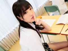 女子校生 美少女で可愛い制服黒髪JKとSEX 美女女子校生がフェラ手コキと3P...