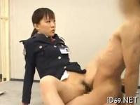 痴女看守による徹底的な射精管理がエロ杉ちゃん!