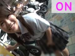 笑顔か可愛いツインテールの女子校生にとびっこを挿入してもらって夜の街を連れ回すJKお散歩