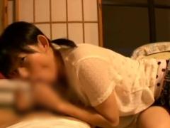 オムニバス 可愛い妹に寝っ転がりながら亀頭をじゅぽじゅぽされて見つめら...