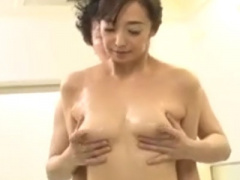高齢熟女動画 巨乳爆乳おっぱいの五十路おばさん人妻のハメ撮りセックス中...