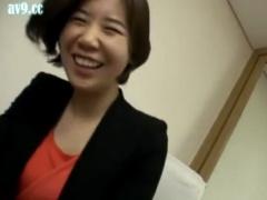 熟女ナンパ 人妻がチンポ好きなのは世界共通。言葉の通じない韓国熟女に日...