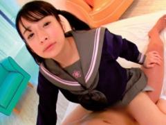 激カワ美少女がセーラー服コスプレをして濃密生中出しセックス!