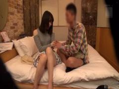 素人ナンパ企画 センズリ鑑賞で3万円。女子にオナニー見せて射精を出来れ...