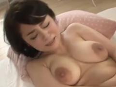 高齢熟女動画 Gカップ巨乳爆乳おっぱいの四十路おばさん人妻が浮気する淫...
