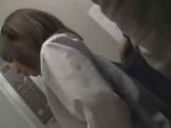 激カワのJKをエレベーター内でレイプ痴漢動画