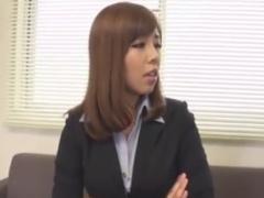 巨乳ギャルOL痴女の顔面騎乗フェラ手コキで感じさせられるM男動画