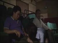ヘンリー塚本 ポルノ映画館に女1人できて男を誘惑してセックスを楽しむ淫乱OL