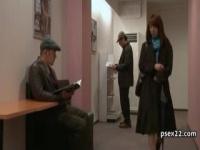 ヘンリー塚本 映画館で変態行為...夫はこんな私を知らない...おまんこが疼...