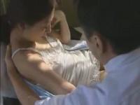 ヘンリー塚本 寝たきり美熟女が訪問介護士を誘惑...介護という名のもとの...
