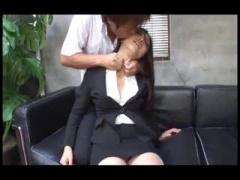強気な肉食系男子に慣れてない美人秘書がドMに目覚めて調教開花w