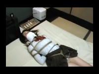 個人撮影 縄で拘束した素人JKを遠隔ローターで調教プレイ