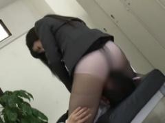 痴女 タイトスカートの黒パンストお姉さんの顔面騎乗位! パンツ越しや直接アソコを押し当てる徹底したM男凌辱!