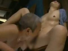 熟女ドラマ セックスに飢えた年増の男と女 サッサとパンティを下ろしwww ...