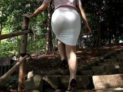 タイトスカートを履きこなすメチャ綺麗なお姉さん 下着もエロく色っぽく。。。 ストッキングを引き裂く快感! やべぇ~っ!