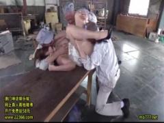 持て余すほどの豊満な肉体を老人労働者から好き放題やられまくり巨乳を揺...