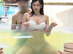 ナンパ JDをMM温泉に連れ込み、見知らぬ男と混浴&素股マッサージの結果! ...