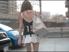 超ミニスカ露出調教 個人撮影 短すぎるミニスカートとバイブ挿入でデパー...