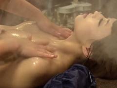 他人の指がその肢体を走る度に膣奥から喜悦の愛液を溢れさせイキまくる最...