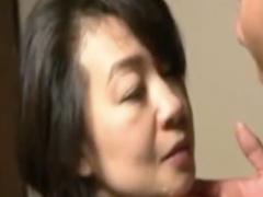 ヘンリー塚本 母さん今日色っぽいね! 父さん今日から大阪だよね?セックス...