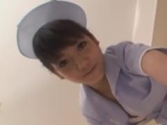 ナース痴女の顔面騎乗手コキで強制射精させられるM男動画