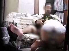 個人撮影 町内会の熟女人妻を自宅に連込んで不貞セックスの一部始終を盗撮...
