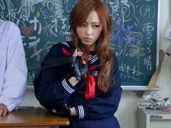 女子校生 激カワ美少女の女捜査官! スレンダーで貧乳おっぱいの可愛いJKを...