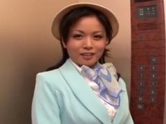 美熟女降臨 巨乳熟女がエレベーターの中で卑劣ワイセツ行為