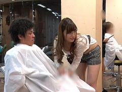 美人で巨乳で、そしてエロいカリスマ痴女美容師に責められる