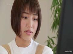 元グラドル18歳の美少女がSODstaから電撃デビュー! 美少女の初SEX