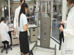 電マ SOD女子社員を拘束して高速電マを当ててみる検証