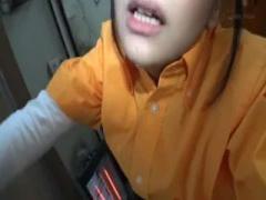 女子校生 中年男とJKの禁断の中出し映像w 年下の美少女! !