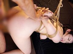 巨尻人妻が後手縛りで緊縛SM調教されアナルに巨根をNTRファックされ陵辱さ...