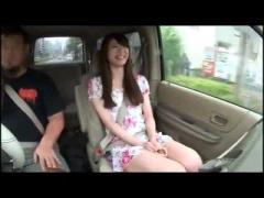 素人 これは上玉素人! 笑顔がクッソかわいい素人娘の車内フェラ! !