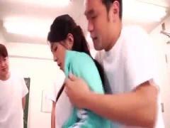 清楚な雰囲気の巨乳女教師が生徒たちにエッチな悪戯されて乱交プレイ!