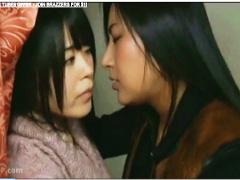 ヘンリー塚本 ドスケベで好色なレズビアンが美少女を口説きます レズビア...