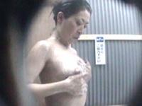 真夏の水着ギャル!! シャワールーム編10 Part2
