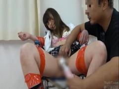 拘束されて電マ責め。廃屋に監禁されて逃げられない女子校生