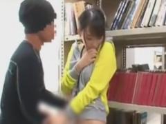 図書館で巨乳のお姉さんを痴漢レイプする動画