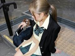 素人ナンパ企画 綺麗なパイパンにかなりエッチな女子校生w ワンチャンナン...