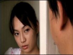 乳首を摘まれただけで恍惚の表情で熱い吐息をもらす淫ら過ぎる人妻 君島冴子!