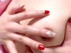無修正&ライブチャット 可愛い黒髪美少女 クリ電マオナニーでマン○びしょ...