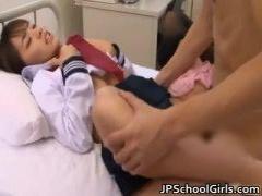 女子校生 ああー、はあーッ、あああ…… セーラー服を着たまま、美少女が切...