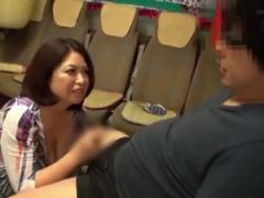 AV女優X素人男性 熟女AV女優の加山なつこさんの凄テクに10分耐えると生ハ...