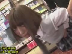 本屋でパイパン巨乳のJKを背後から犯すレイプ痴漢動画