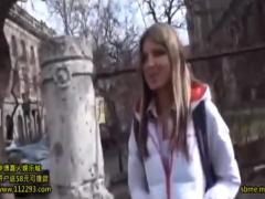 ロシアの金髪美女がコスプレ、本番、アナル何でもやってくれる!