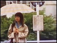 ヘンリー塚本 真面目そうなメガネの女性! 痴漢をされたくてバスに乗ります。