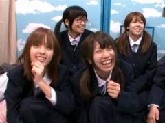 jkナンパ 初めて人前でピンクマ○コを晒して過剰に反応! 北海道からやって...