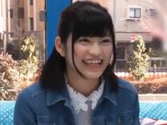 春から女子大生、東北から上京したての18才純情娘がMM号に乗車! 東京のデ...