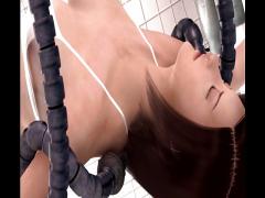 3Dエロアニメ 化け物モンスターに触られて感じるちょっと熟女な巨乳美人が...